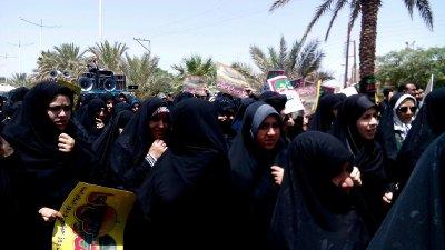حضور پرشور طلاب مدرسه علمیه الزهرا(س) شهرستان بافق در راهپیمایی روز جهانی قدس