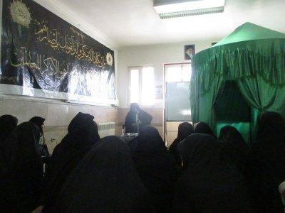 معیارهای زندگی آرام در جمع طلاب خواهر بافقی تبیین شد