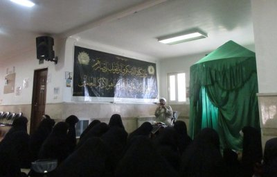 انقلاب ایران در بین طلاب خواهر بافقی تحلیل شد