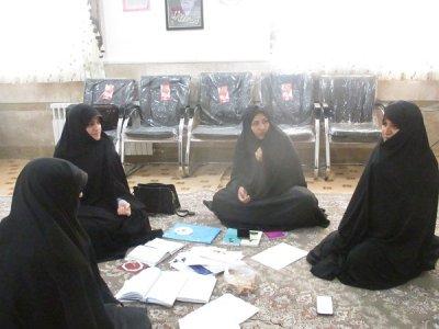 مسائل محتوایی راهیان نور دانش آموزی شهرستان بافق در بین مبلغان خواهر بافقی تبیین شد